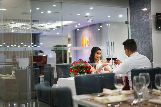 Mezzo Hotel - Dining