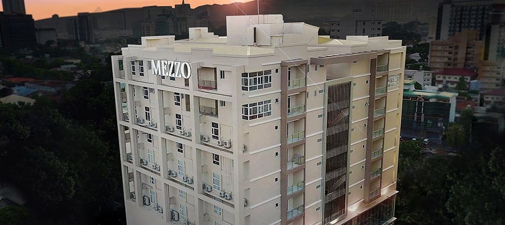 Mezzo-Hotel-Facade